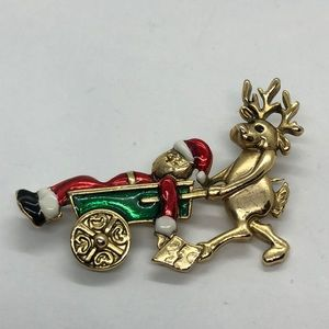 VTG Christmas pin hard to find